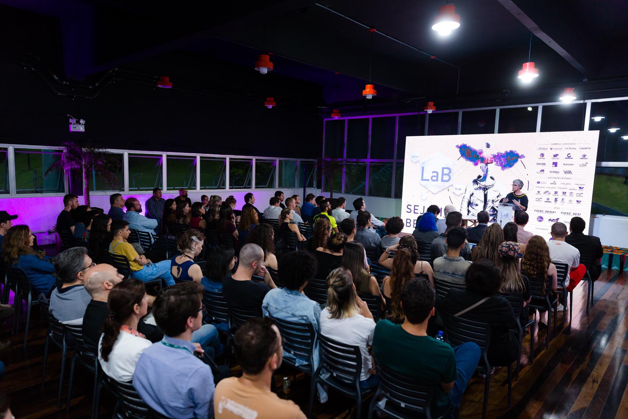 SCMC sedia evento que pensa soluções de inovação para indústria da moda