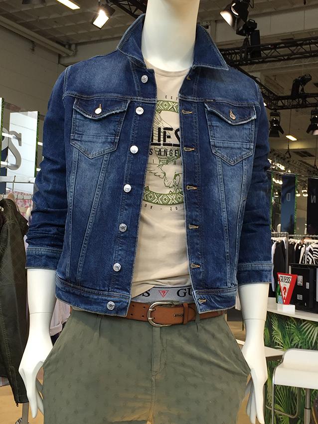 Outerwear trabalhado e fashion caracteriza moda masculina de verão